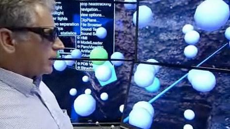 Una pantalla 3D gigante con pantallas planas de JVC