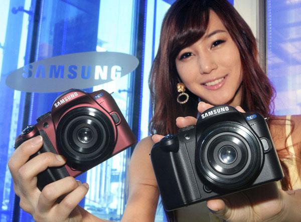 Samsung-NX10-02
