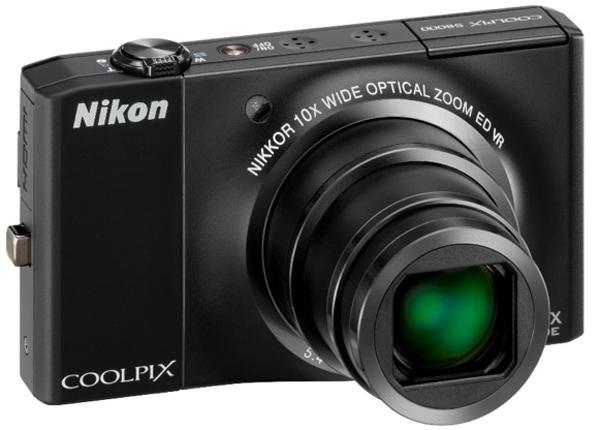 Nikon Coolpiz s8000, una delgada cámara compacta con zoom óptico de 10x