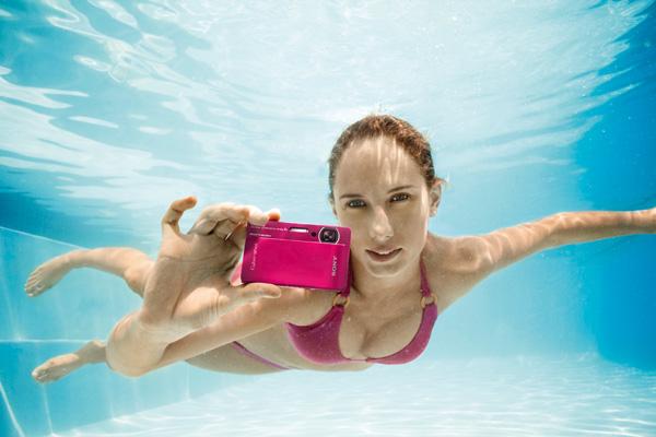 Sony Cybershot TX5, una cámara de fotos compacta resistente al agua