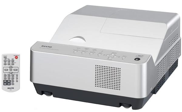Sanyo PDG-DWL2500J, proyector 3D para las distancias cortas y los bolsillos largos