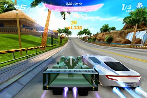 Asphalt 6 Adrenaline, juego de carreras para iPhone, iPod y iPad