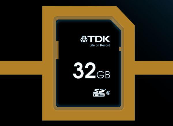 Tarjetas SD y SDHC Travel de TDK capacidad para llevar en el bolsillo