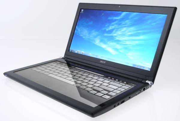 Acer Iconia, el portátil con doble pantalla llega a España el 28 de enero por 1.500 euros