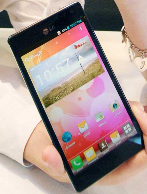 LG Optimus 4X HD 02