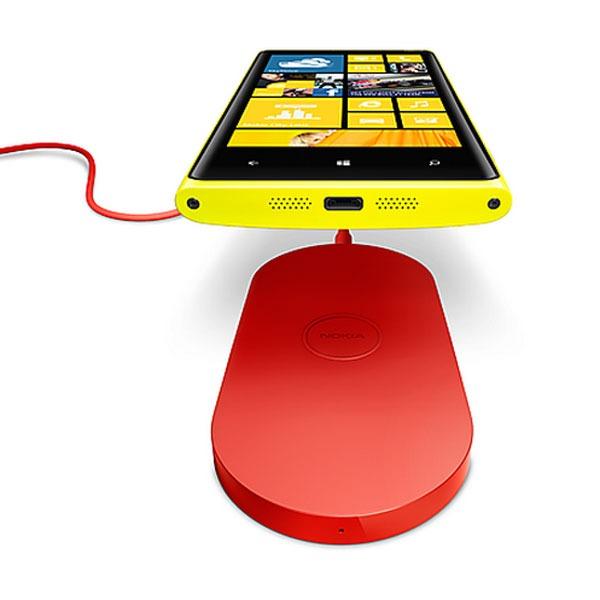 Nokia Lumia™ 920 07