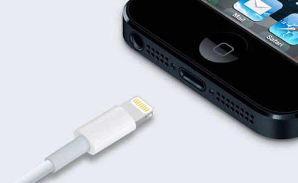Apple controla la fabricación de adaptadores no originales para iPhone 5