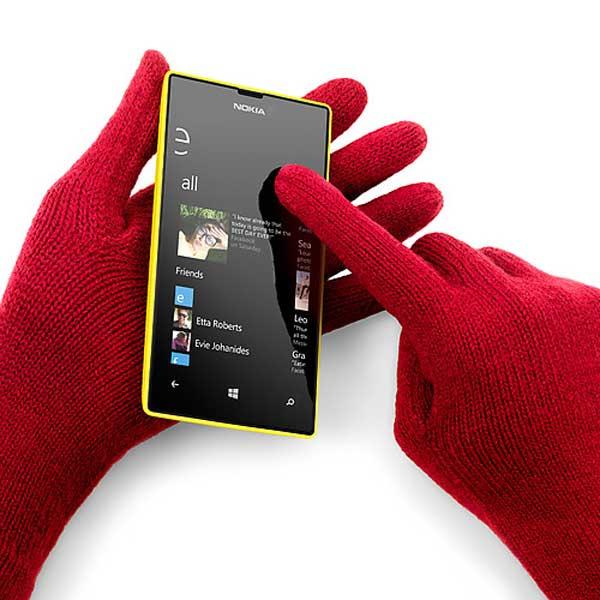 Nokia Lumia™ 520 01