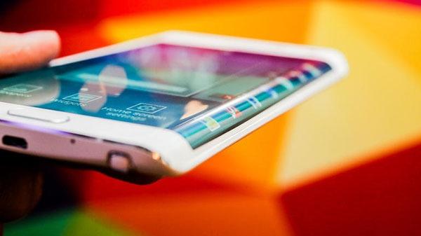 """Habrá una versión """"Edge"""" del Samsung Galaxy S6"""
