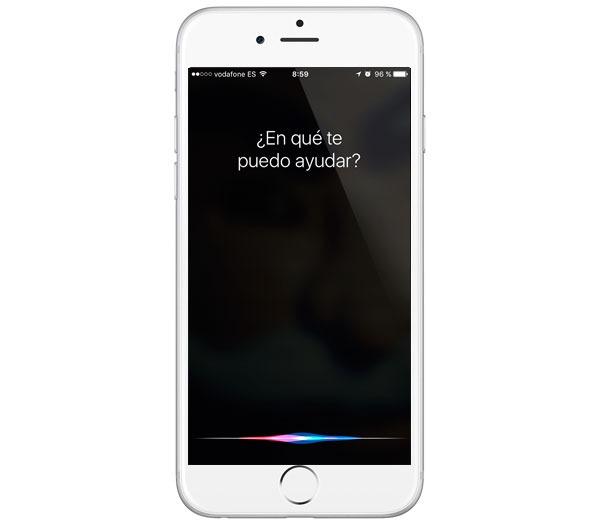 Un fallo en Siri permite esquivar el bloqueo con código de los iPhone