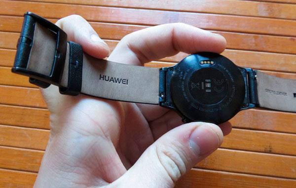 huawei watch trasera