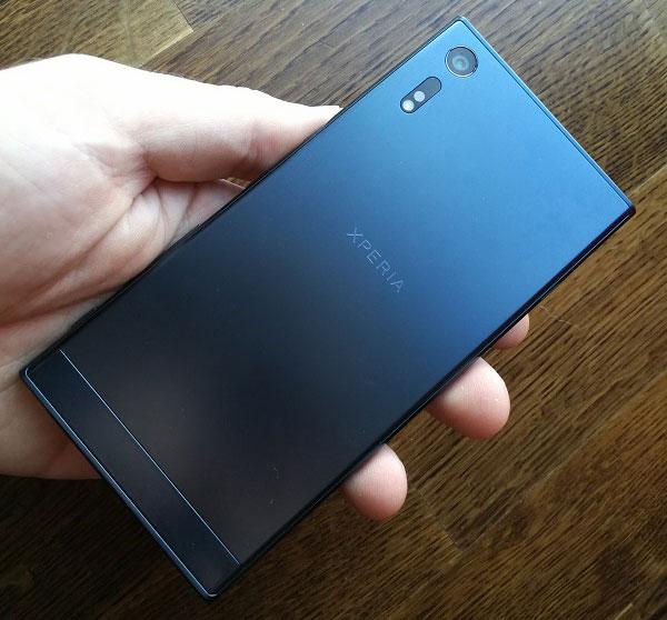 5 diferencias entre el Sony Xperia XZ y el Sony Xperia XZ Premium diseño XZ