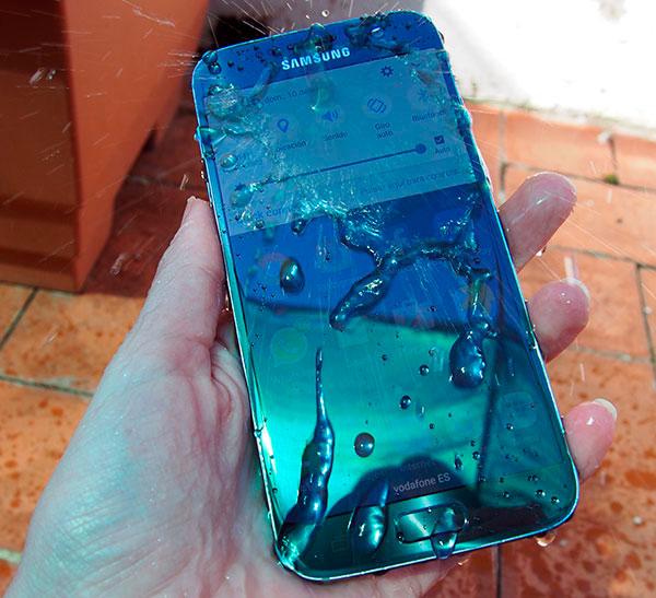 oferta Samsung Galaxy S7 Worten certificacion IP68