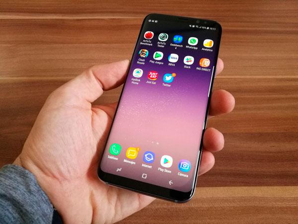 Cómo forzar el reinicio en los Samsung Galaxy S8 y Galaxy S8+
