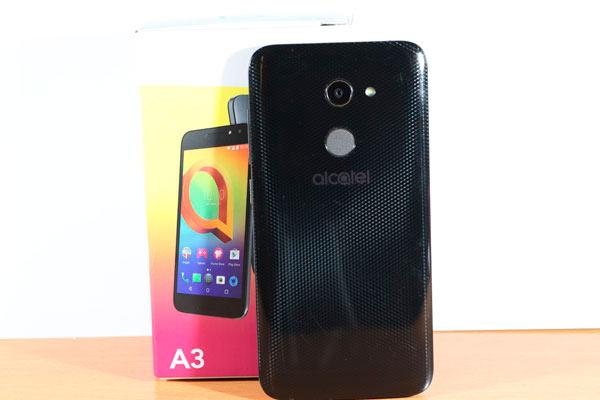 oferta Amazon Alcatel A3 trasera