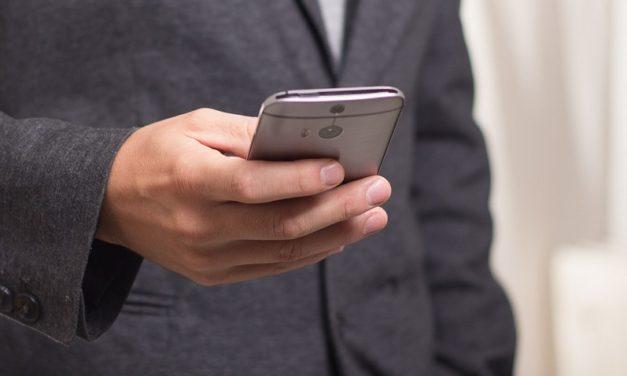 Cómo cambiar la hora manualmente en un móvil Android