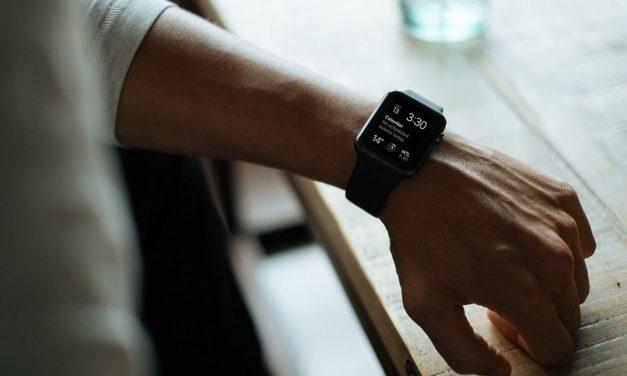 5 smartwatch y 5 pulseras inteligentes que puedes comprar hoy por buen precio
