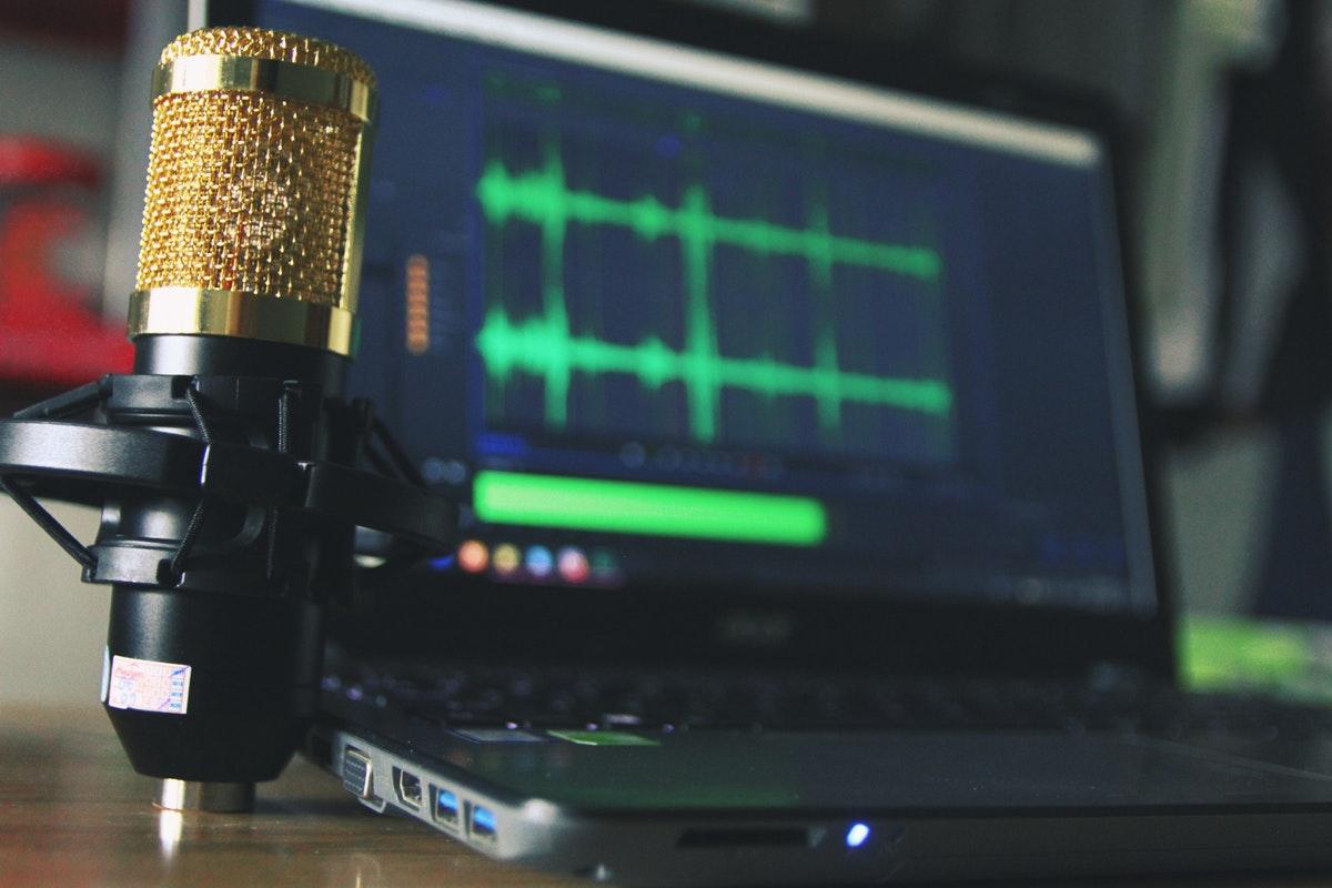 Cómo desactivar el micrófono para aplicaciones específicas en Windows 10