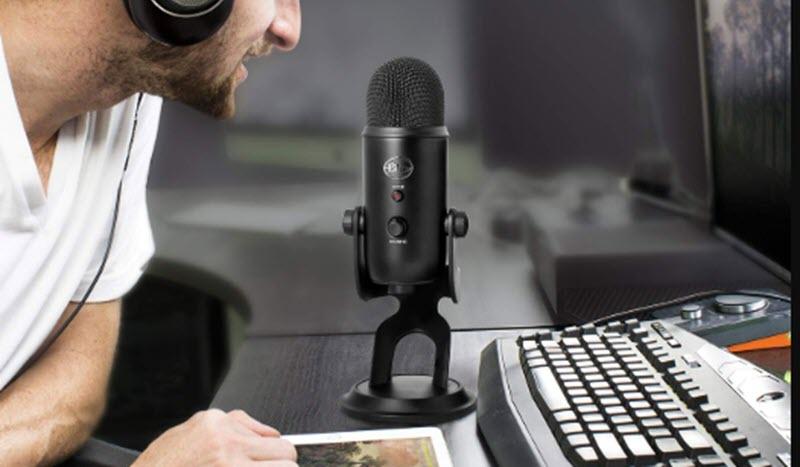 5 micrófonos USB para grabar podcast 2