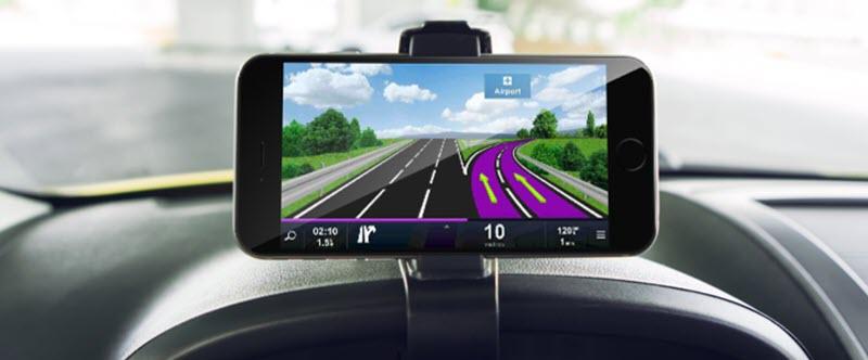 5 accesorios para tu móvil que debes tener siempre en tu coche 3